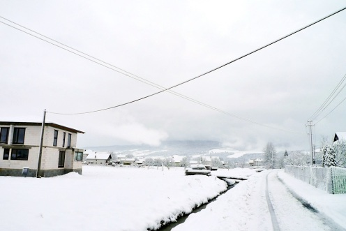 Obec Vitaz pod snehom 2015 P1310526
